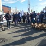 En estos momentos nos encontramos manifestandonos en San Martin y Prefectura.