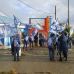 La Asociacion Trabajadores del Estado seccional Rio Grande,en el dia de hoy,dando continuidad la plan de lucha,nos manifestamos frente al Ministerio de Educacion sito en calle Alberdi de nuestra Ciudad.